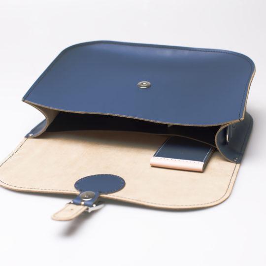Brit-Stitch Full Pint Large Satchel Bag